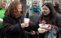 Budapest Hete Betevo Carole serving